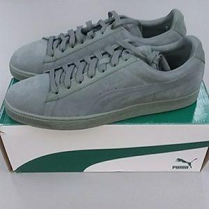 72af8e1ac23 Puma Shoes - PUMA Men s Suede Classic Tonal Fashion Sneaker